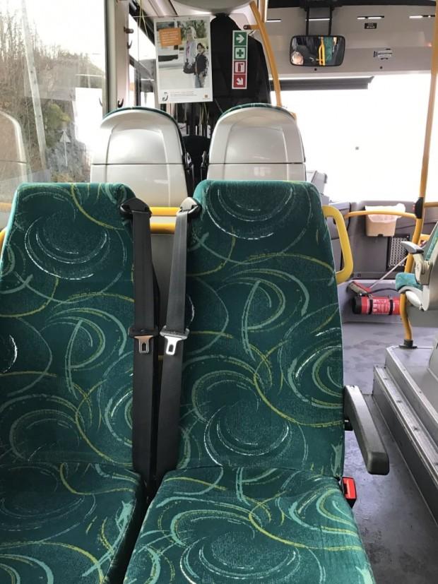 6 Toplu taşıma araçlarında emniyet kemeri takmak zorunlu..