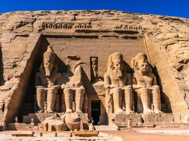 8. Abu Simbel tapınakları harika