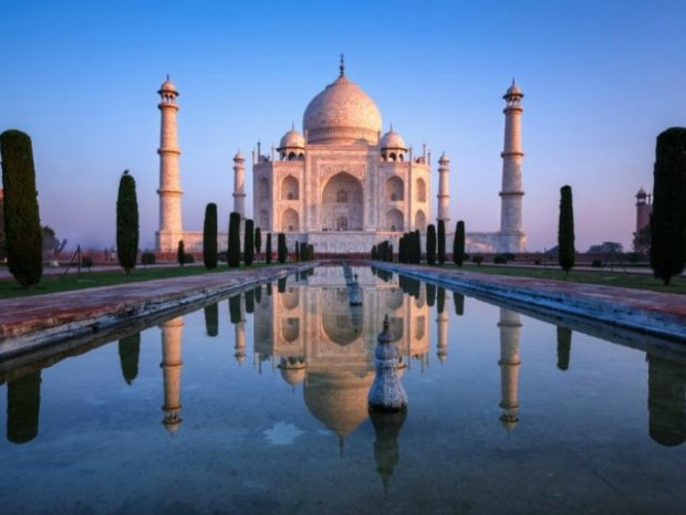 11. Hindistan'daki müthiş Tac Mahal!