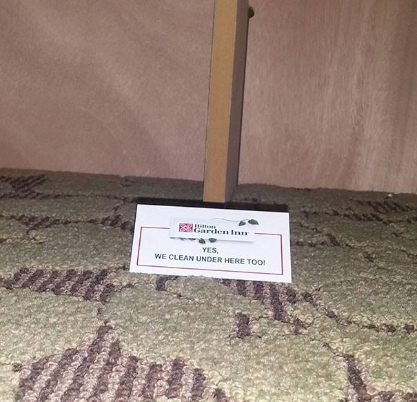 Yatağın altındaki not: