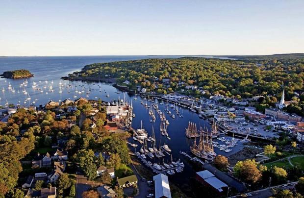 26. Camden Town, Maine, ABD