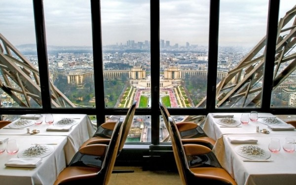 7. Le Jules Verne, Paris, Fransa