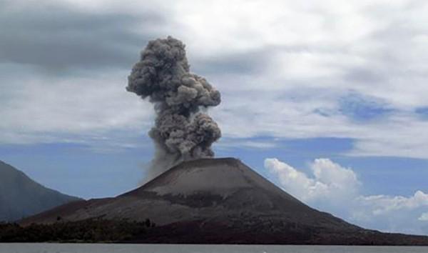 9. Krakatoa, Endonezya