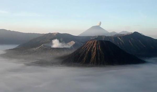 11. Bromo, Endonezya