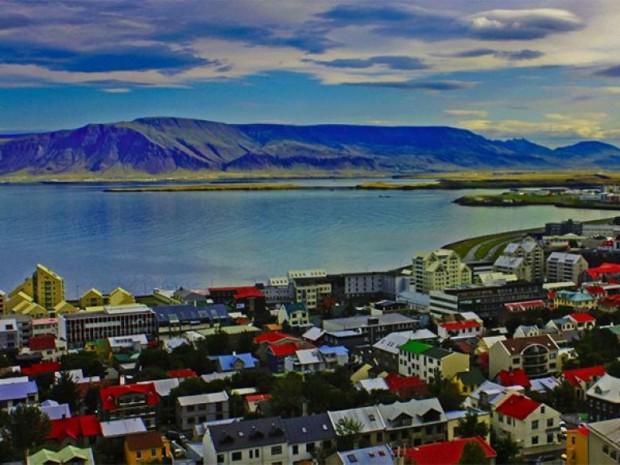 11. İzlanda