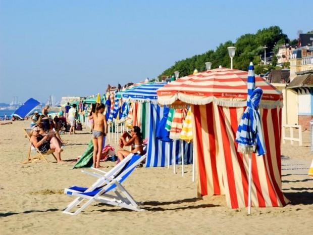 7. Deauville plajı, Normandiya