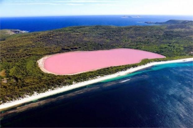 9. Senegal'de pembe Retba Gölü