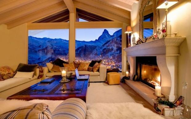 2. Elinizi uzatsanız camdan dağlara değeceksiniz sanki.
