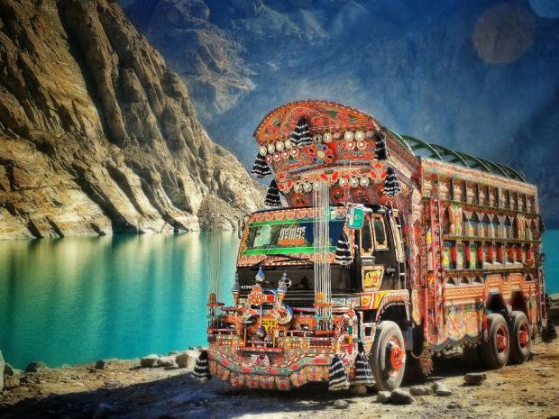 Pakistan'ın Süslü Kamyonu - Pakistan