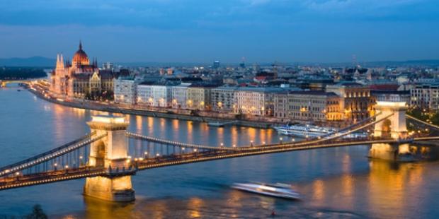 Enerjik Yay Burcu İçin Budapeşte