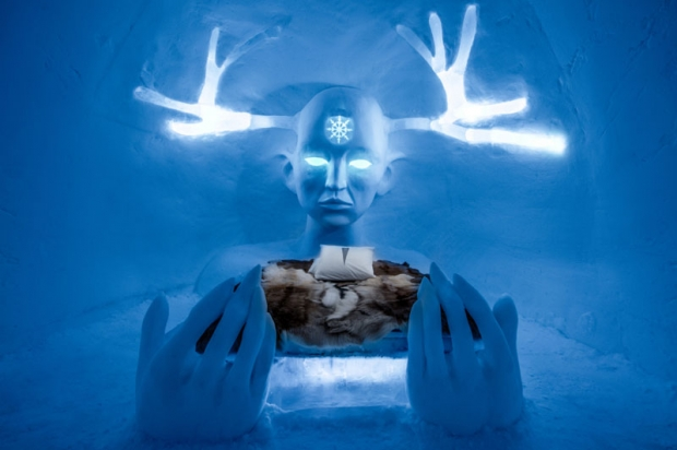 İşte Tel Aviv'li fotoğraf sanatçısı Asaf Kliger'in çektiği birbirinden büyüleyici buz otel fotoğrafları...