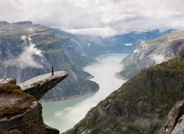9. Norveç