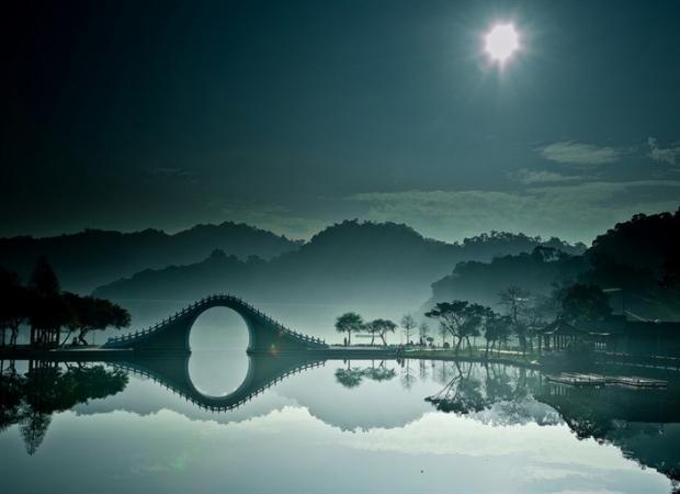 3. Moon Bridge - Tayvan