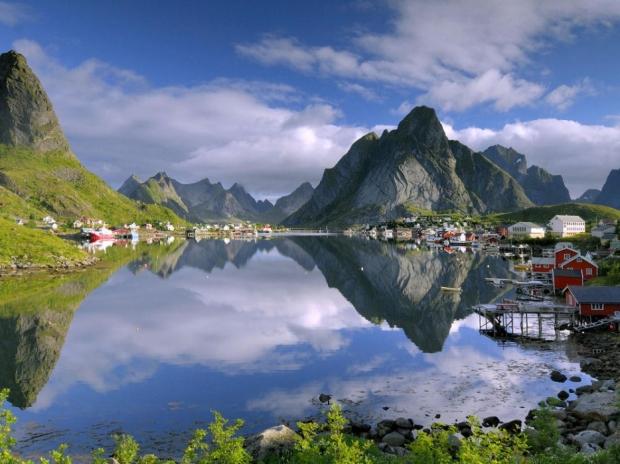 10. Reine, Norveç