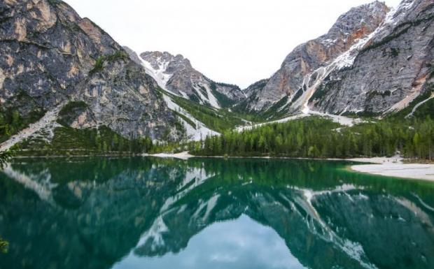 10. Lago Di Braies, İtalya