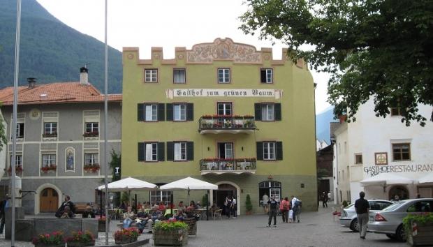 1. Gasthof Gruner Baum – Glorenza/İtalya