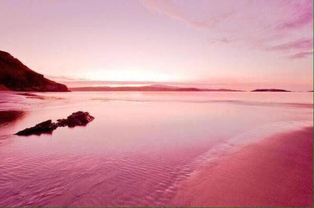 10. Pembe Kum Sahili, Bahamalar
