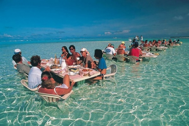 Dine In The Water Restaurant, Bora Bora