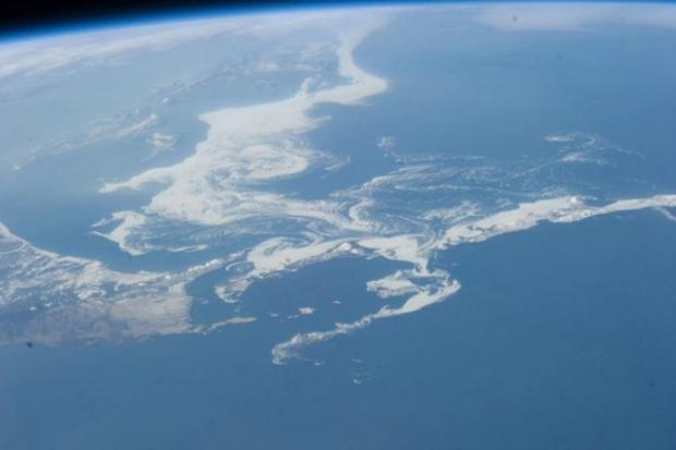 Okhotsk Denizi (Pasifik Okyanusu'nun batısında yer alan bir deniz)