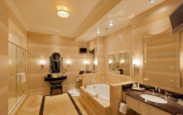 Açıkçası bu banyoların fotoğrafları bile bizde bir rahatlamaya sebep oldu!