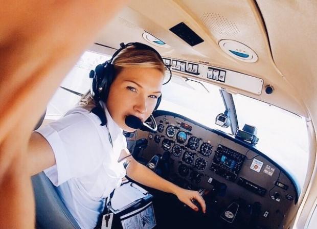 Michelle Gooris isimli 25 yaşındaki Hollandalı bir pilot...