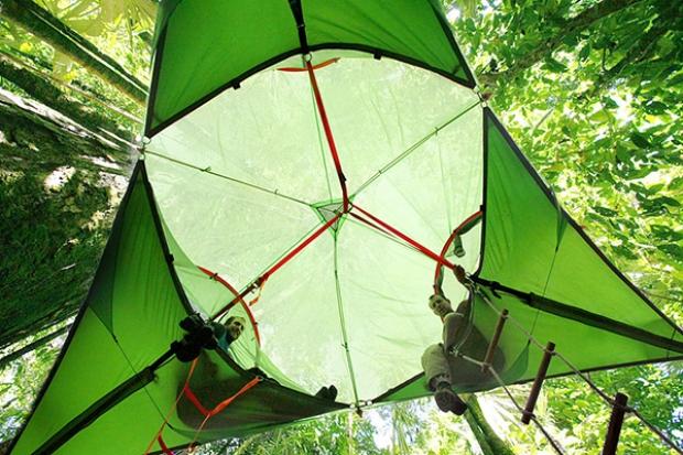 Çadırların tasarımcıları Alex Shirley-Smith ve Kirk Kirchev 2015'te yenilik ödülü kazandı.