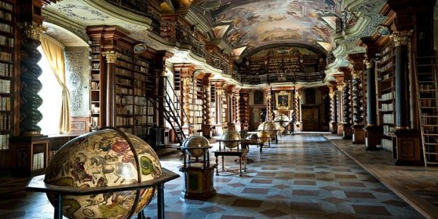 2. Klementinum Kütüphanesi / Çek Cumhuriyeti