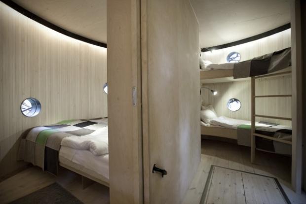 Etrafındaki ortama mükemmel uyum sağlayıp adeta kamufle olan özel otellere bayılıyoruz!