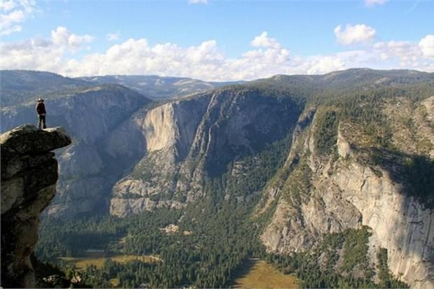37. Yosemite Milli Parkı'nda Buzul Noktası manzarasını görün (ABD)