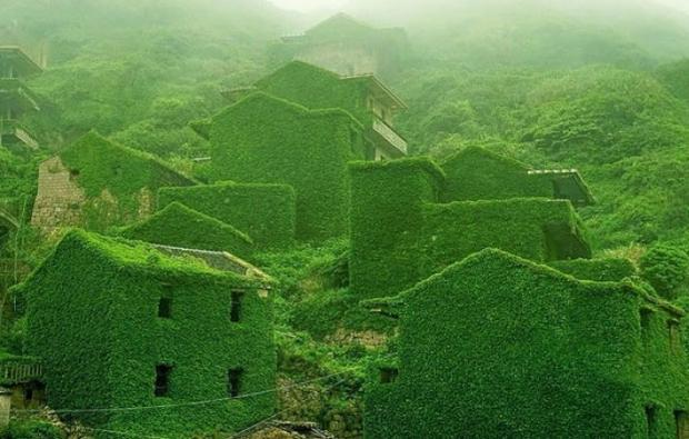 10. Shengsi Adalar'ında terk edilmiş bir balıkçı köyü, Çin