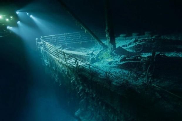 14 Nisan 1912 tarihinde Newfoundland açıklarında bir buzula çarpan gemi, oracıkta batmış ve 1503 yolcusuna mezar olmuştur.