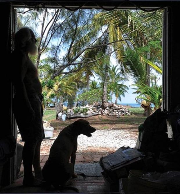 İşte David Glasheen'in tropikal adadaki ilginç fotoğrafları...