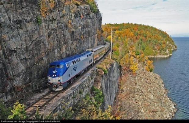 4. New York ile Montreal arasında gidip geliyor.