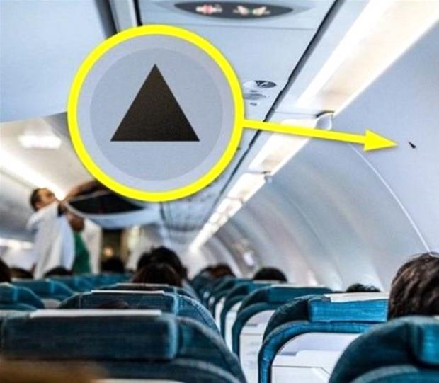 1. Siyah üçgen