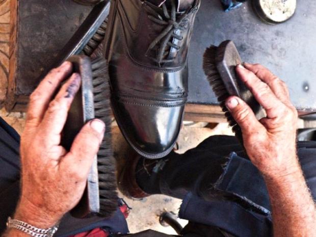 3- Ayakkabı tozu alma