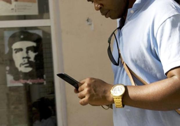 Küba - Cep telefonları